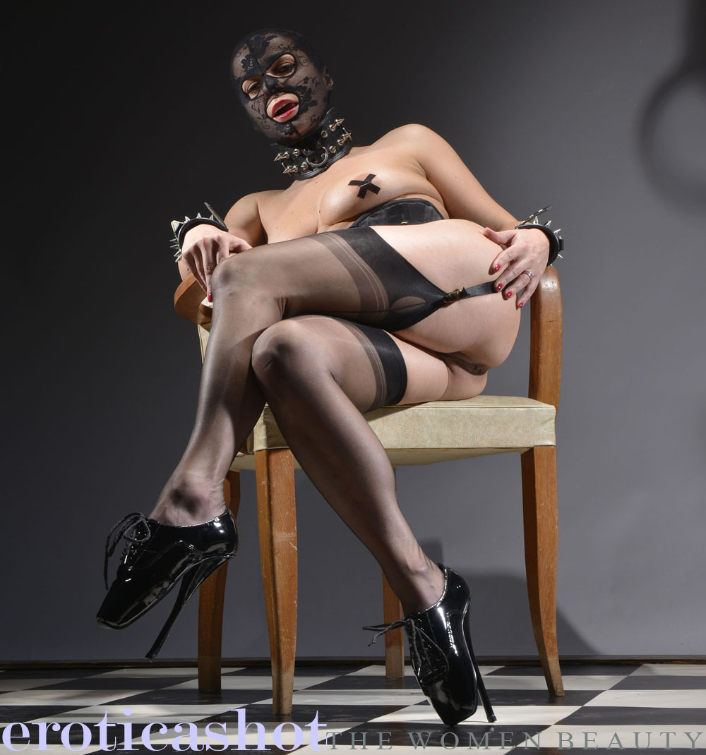 bdsm black woman